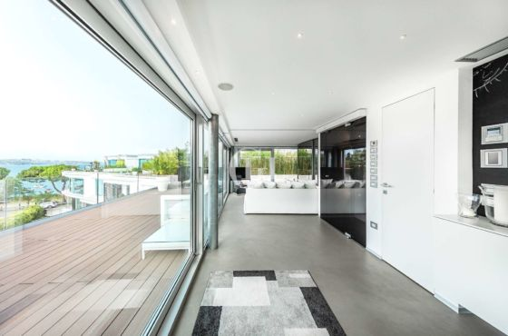 Penthouse with terraces lakeview!