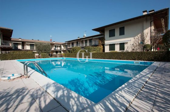 APPARTEMENT AM SEE MIT BARBECUE UND SWIMMINGPOOL